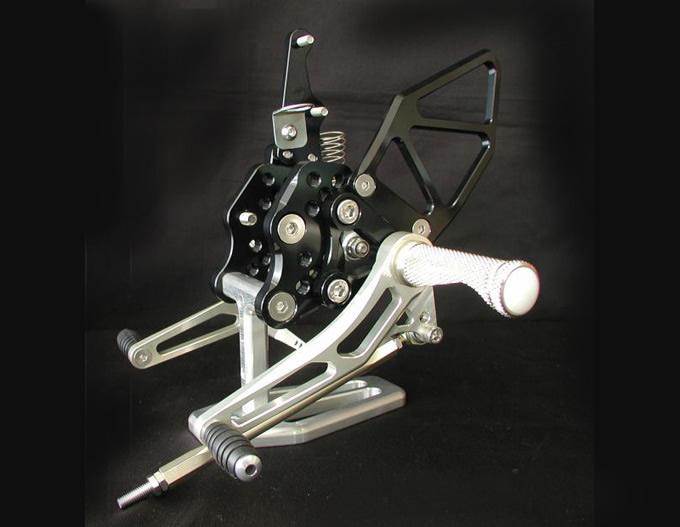 【WOODSTOCK】腳踏後移套件 GSX-R1000 05-06用 - 「Webike-摩托百貨」