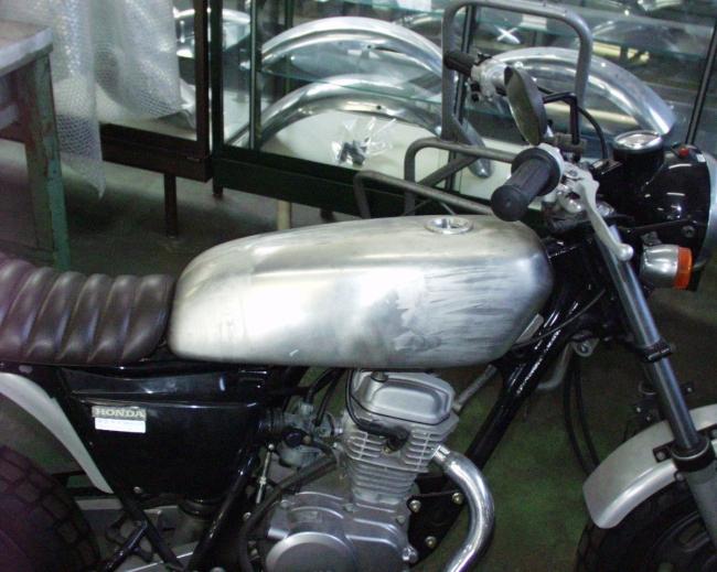 【BIG CEDAR】CB 鋁合金油箱 - 「Webike-摩托百貨」