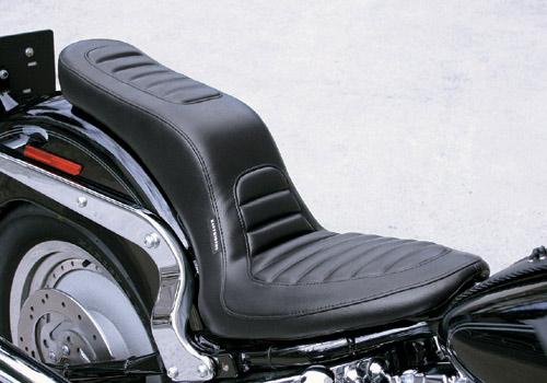 【EASYRIDERS】Deluxe 雙坐墊【縫線型式】 - 「Webike-摩托百貨」