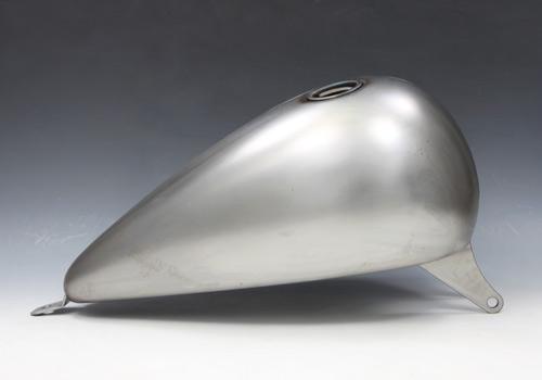 【EASYRIDERS】細長型油箱 鋼製 - 「Webike-摩托百貨」