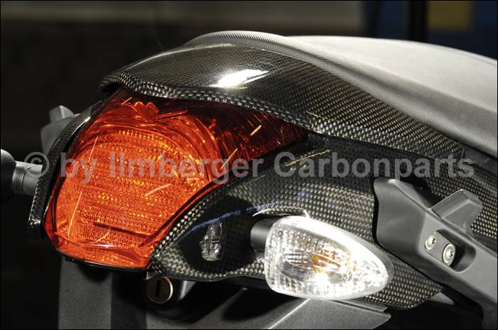 【ILMBERGER】碳纖維尾燈外蓋  (上蓋) - 「Webike-摩托百貨」