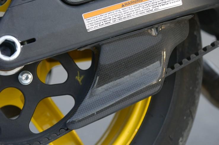 【ILMBERGER】碳纖維皮帶蓋 (下側) - 「Webike-摩托百貨」