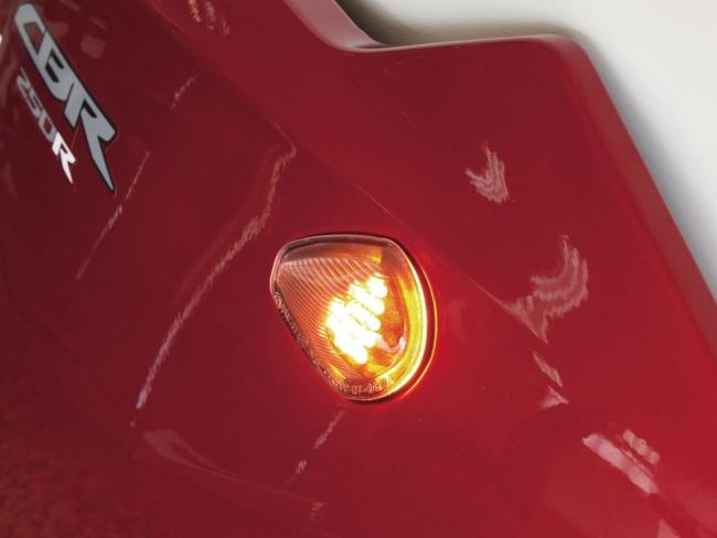 【KIJIMA】LED整流罩方向燈組 - 「Webike-摩托百貨」