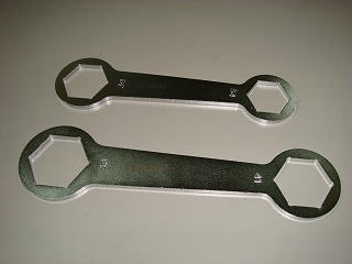 Clutch Driven Nut Wrench