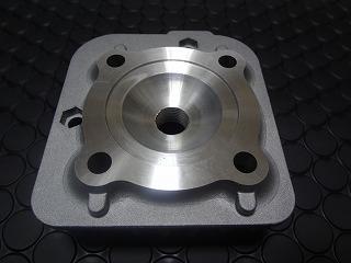 【KN企劃】加大缸徑套件【67.9cc】 縱型引擎用汽缸頭 【缸徑47mm用】 - 「Webike-摩托百貨」