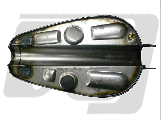 【GUTS CHROME】Sportstar 2.25加侖 油箱 - 「Webike-摩托百貨」