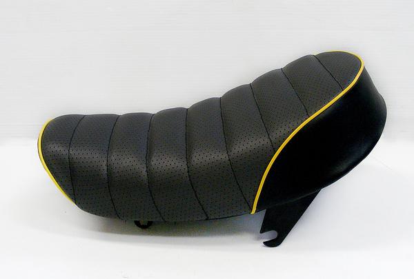 【田中商會】Tuck Roll 坐墊  黑色×黃色滾邊 - 「Webike-摩托百貨」