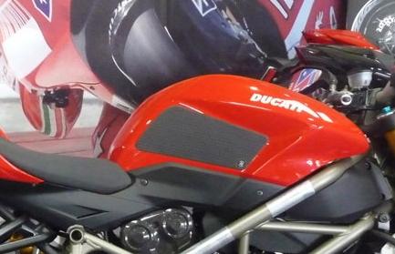 【techspec】Grip Star 油箱保護貼 Clear - 「Webike-摩托百貨」