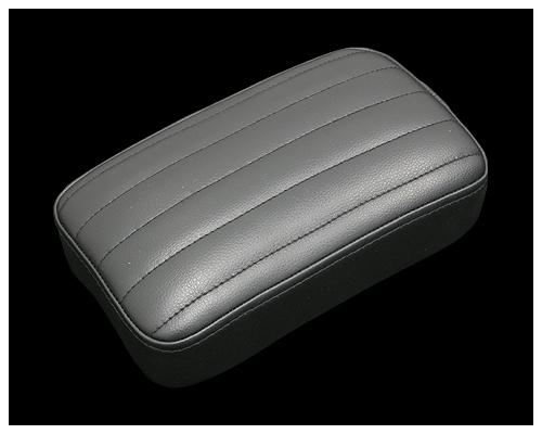 【Neofactory】52mm 縱向毛毛蟲後座坐墊 (黑) - 「Webike-摩托百貨」