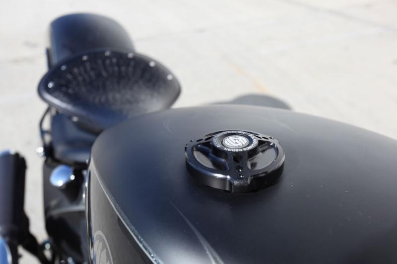 【RSD Roland Sands Design】96-用 油箱蓋 (TRACKER/黑色) - 「Webike-摩托百貨」