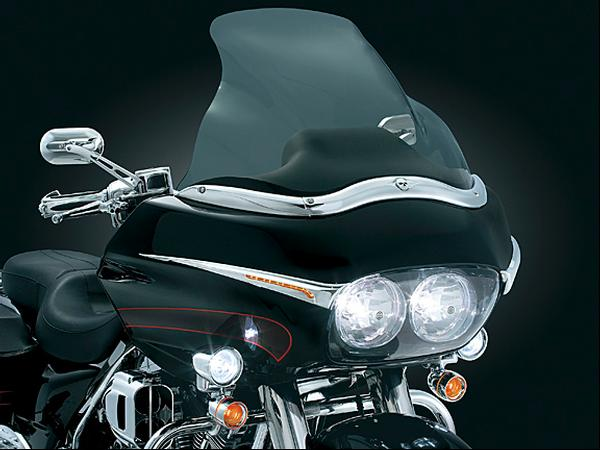 【kuryakyn】Road Glide用 整流罩裝飾 (附燈) - 「Webike-摩托百貨」