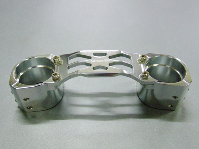 【ADVANCEPro】ADDRESS V125 鋁合金切削加工 前叉穩定器(手銬) 電鍍款式 - 「Webike-摩托百貨」