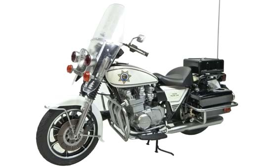 【青島文化教材社】[模型車] CHP San Francisco PD 擋風鏡型式 - 「Webike-摩托百貨」