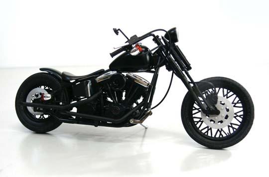 【青島文化教材社】[模型車] Harley-Davidson   Black Widow - 「Webike-摩托百貨」