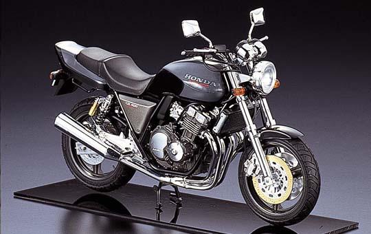 【青島文化教材社】[Naked模型車] HONDA CB400SF - 「Webike-摩托百貨」