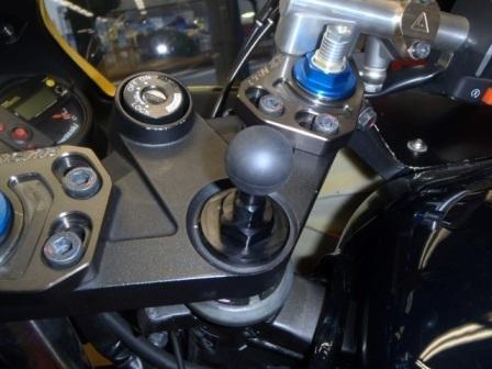 【荒木fmachine】多功能安裝支架用底座 (φ25) - 「Webike-摩托百貨」