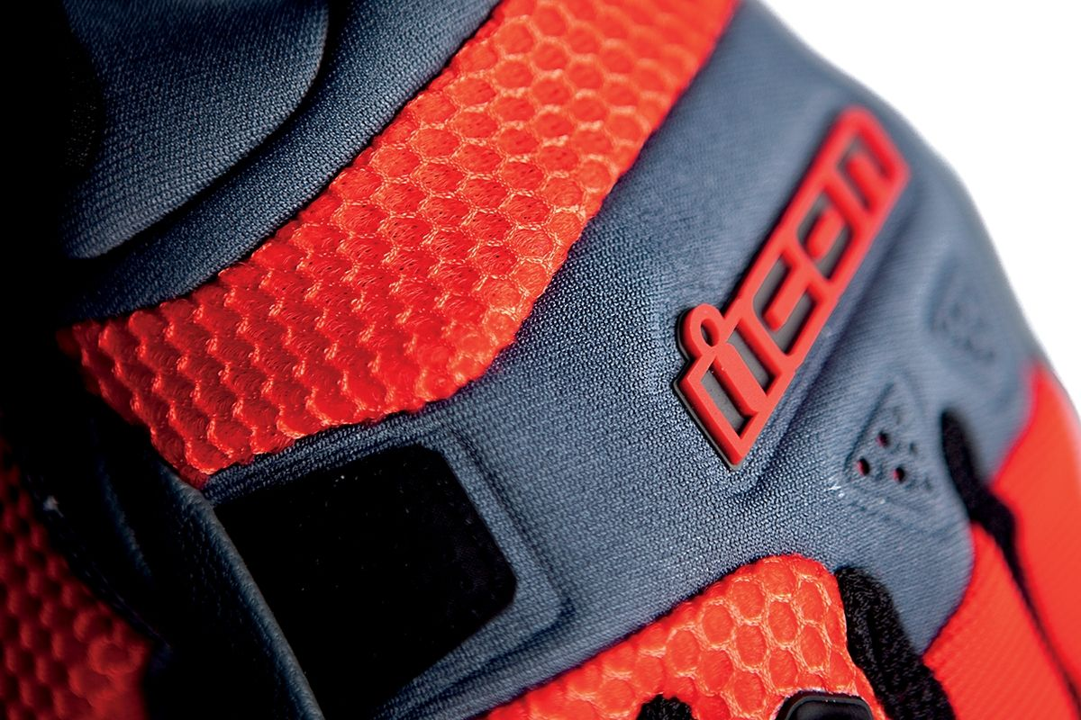 【ICON】手套 GLOVE ANTHEM RED - 「Webike-摩托百貨」
