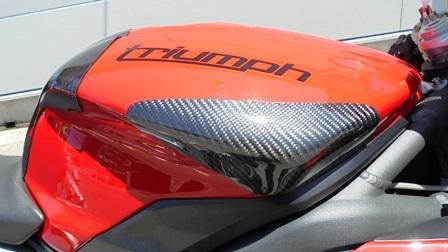 【TH.PROJECT】碳纖維側油箱護罩 - 「Webike-摩托百貨」