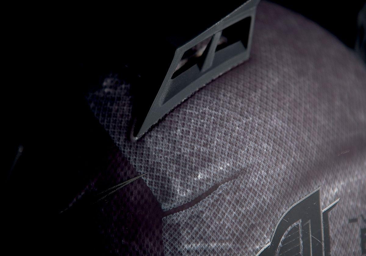 【ICON】HELMET BTLSCAR CHAR 安全帽 - 「Webike-摩托百貨」