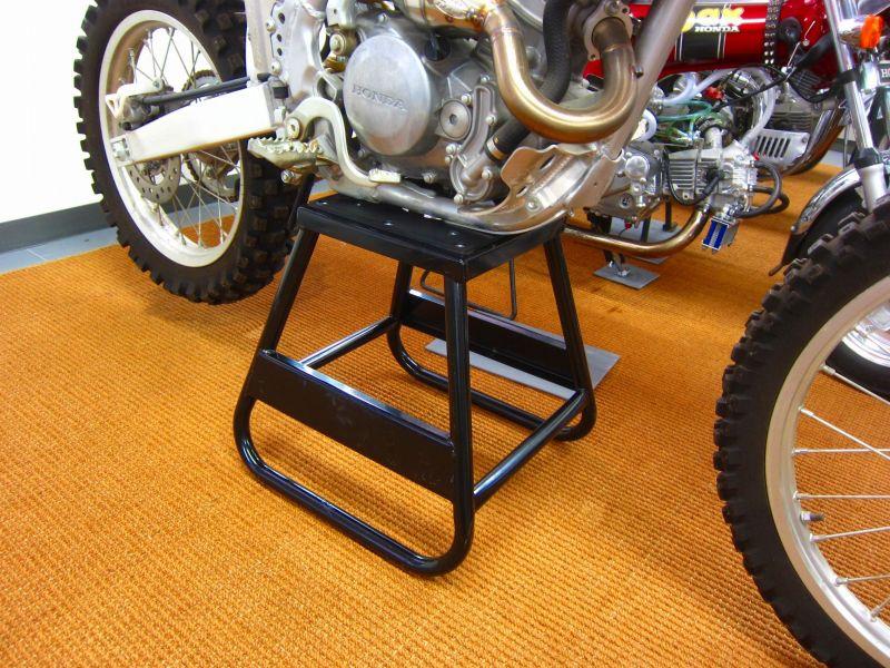 ロード バイク メンテナンス スタンド