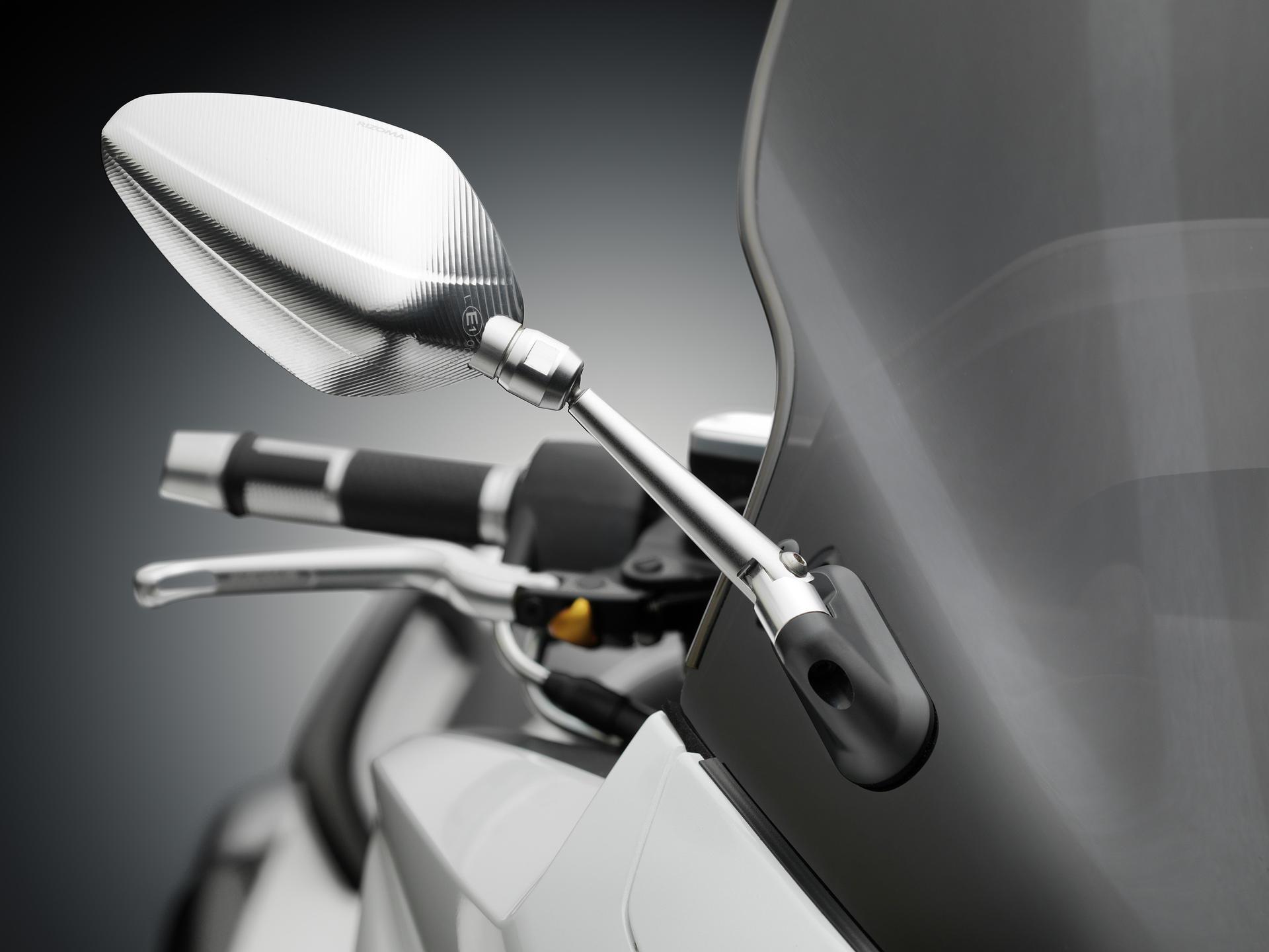 【RIZOMA】後視鏡用轉接座 (整流罩固定型) - 「Webike-摩托百貨」