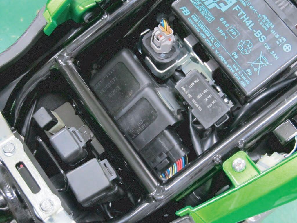 【PROTEC】DG-K07 數位燃油多功能儀錶 車種専用套件 - 「Webike-摩托百貨」