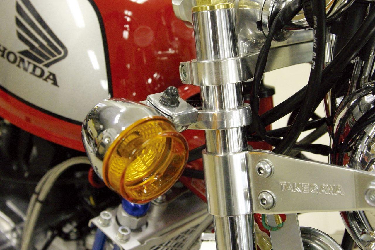 【SP武川】武川社製前叉用鑄造鋁合金製方向燈支架 - 「Webike-摩托百貨」