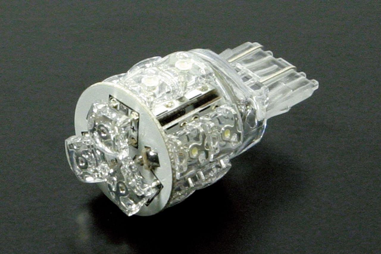 【SP武川】原廠尾燈用 LED尾燈燈泡 T20 - 「Webike-摩托百貨」