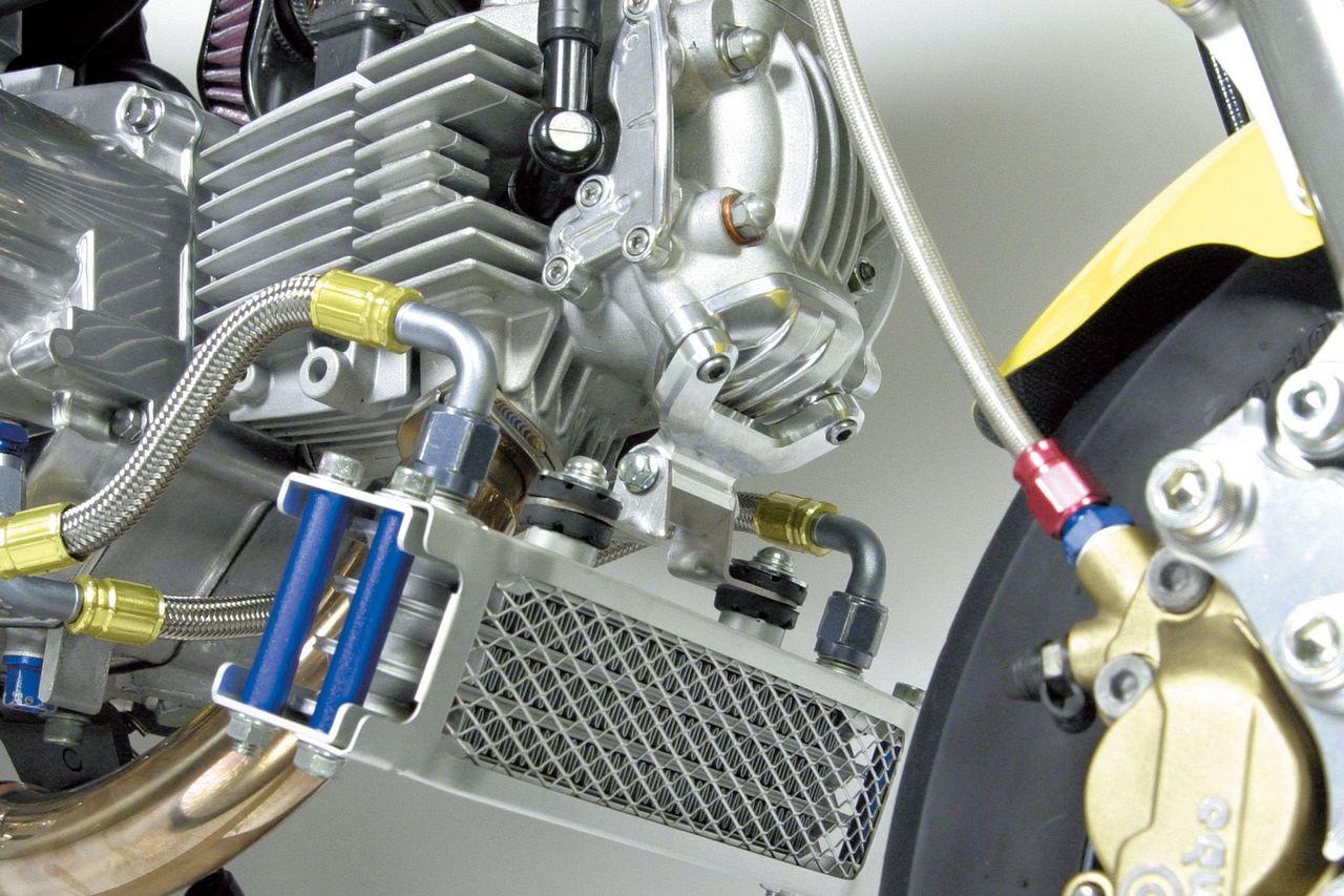 【SP武川】超級汽缸頭4V+R用機油冷卻器支撐座 - 「Webike-摩托百貨」