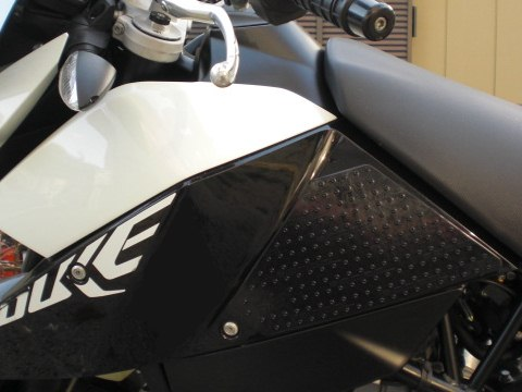 【STOMPGRIP】55-10-0060B 油箱止滑貼 - 「Webike-摩托百貨」