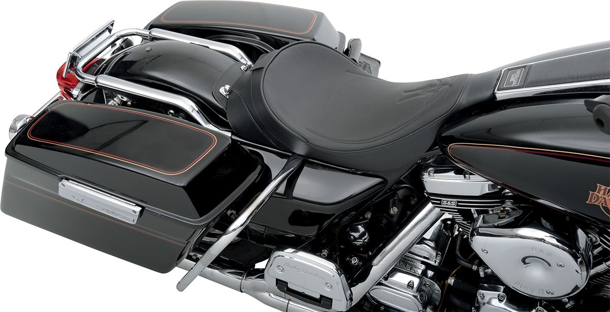 【Drag Specialties】單座坐墊/雙支架 縫線條紋 黑色 FLHT 【SEAT SOLO DBR PS BK FLHT [0801-0529]】 - 「Webike-摩托百貨」