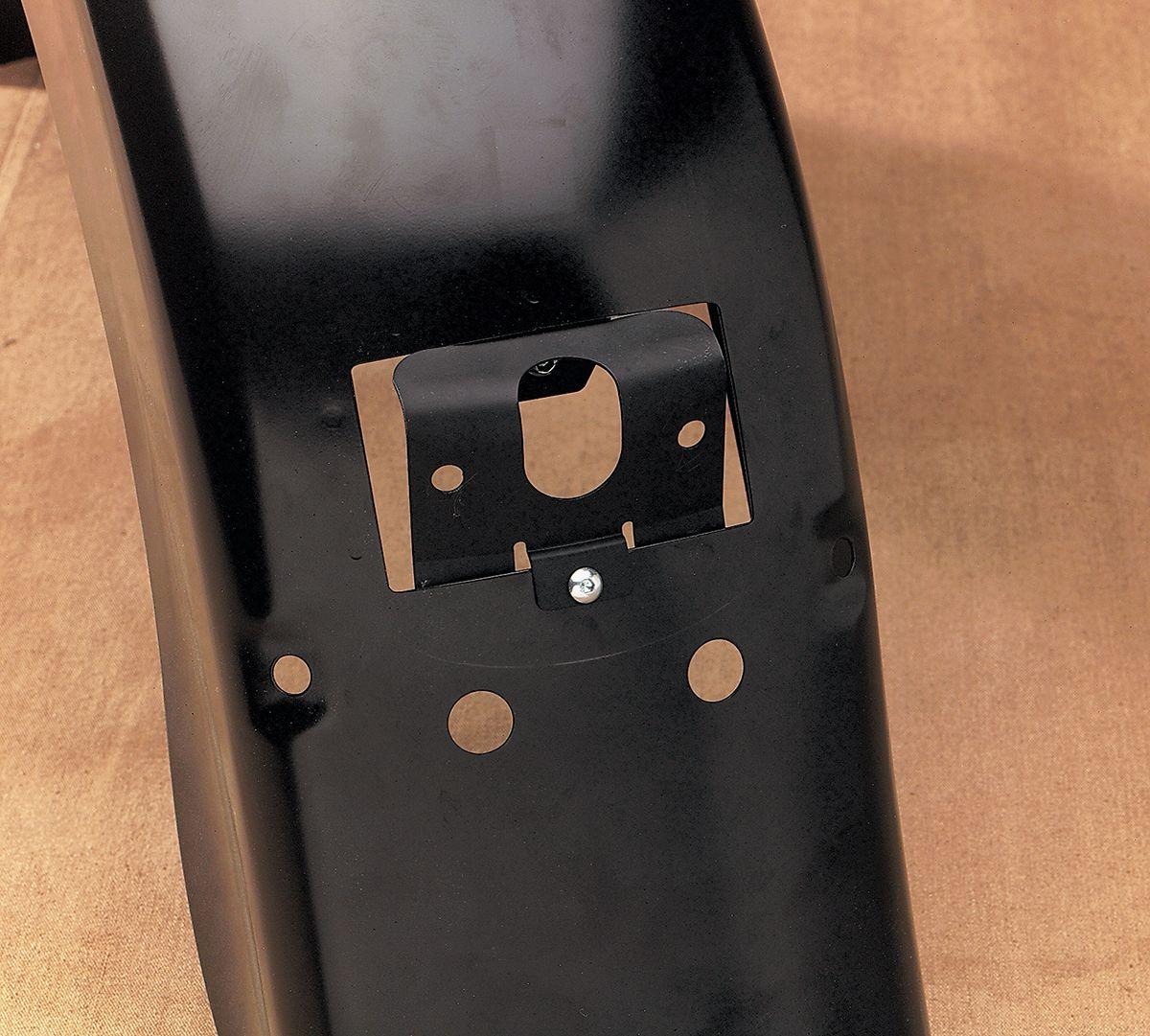 【Drag Specialties】尾燈/ 轉接座支架 99-08用 【99-08 TAILLT ADAPTER BRKT [DS-272049]】 - 「Webike-摩托百貨」