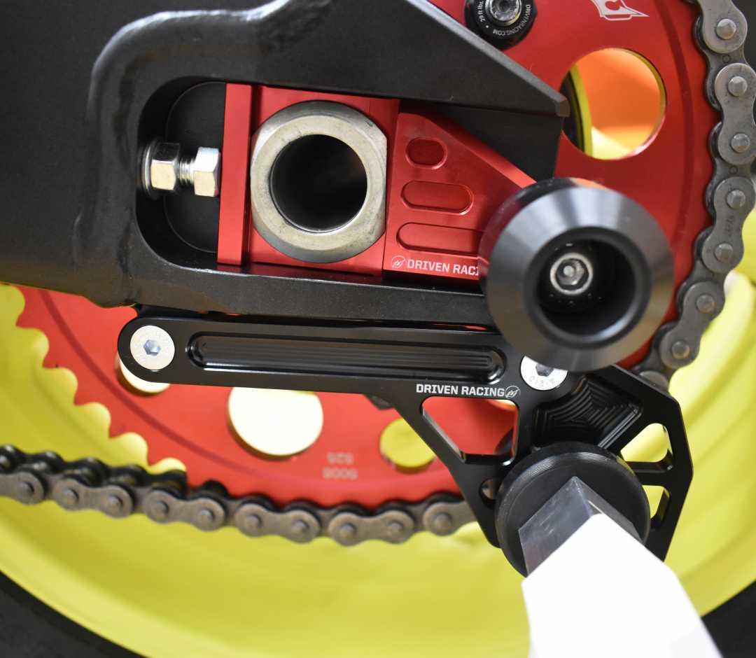 【DRIVEN】輪軸保護滑塊 (防倒球) - 「Webike-摩托百貨」