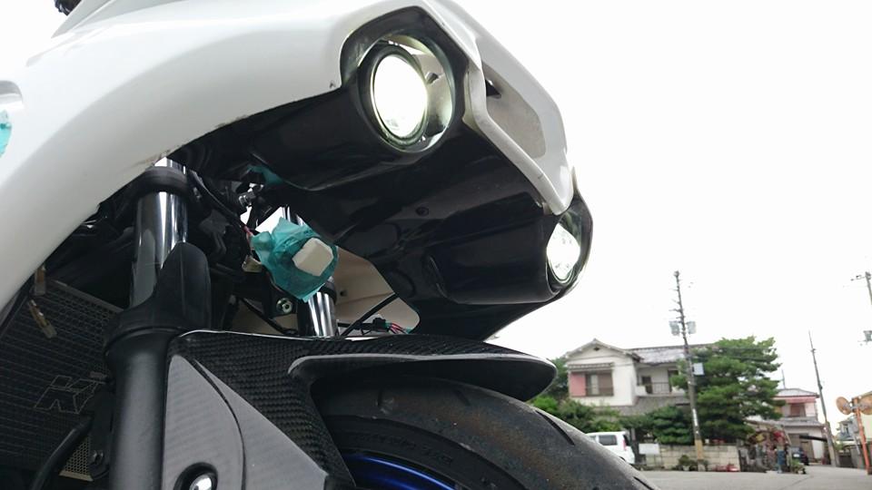 【才谷屋】「R1-type」全組整流罩用外罩&頭燈固定座(Protech燈用) - 「Webike-摩托百貨」