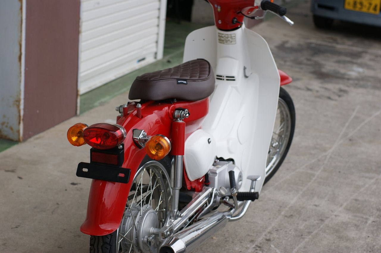 【GM-MOTO】CUB用菱形切割專用坐墊 - 「Webike-摩托百貨」