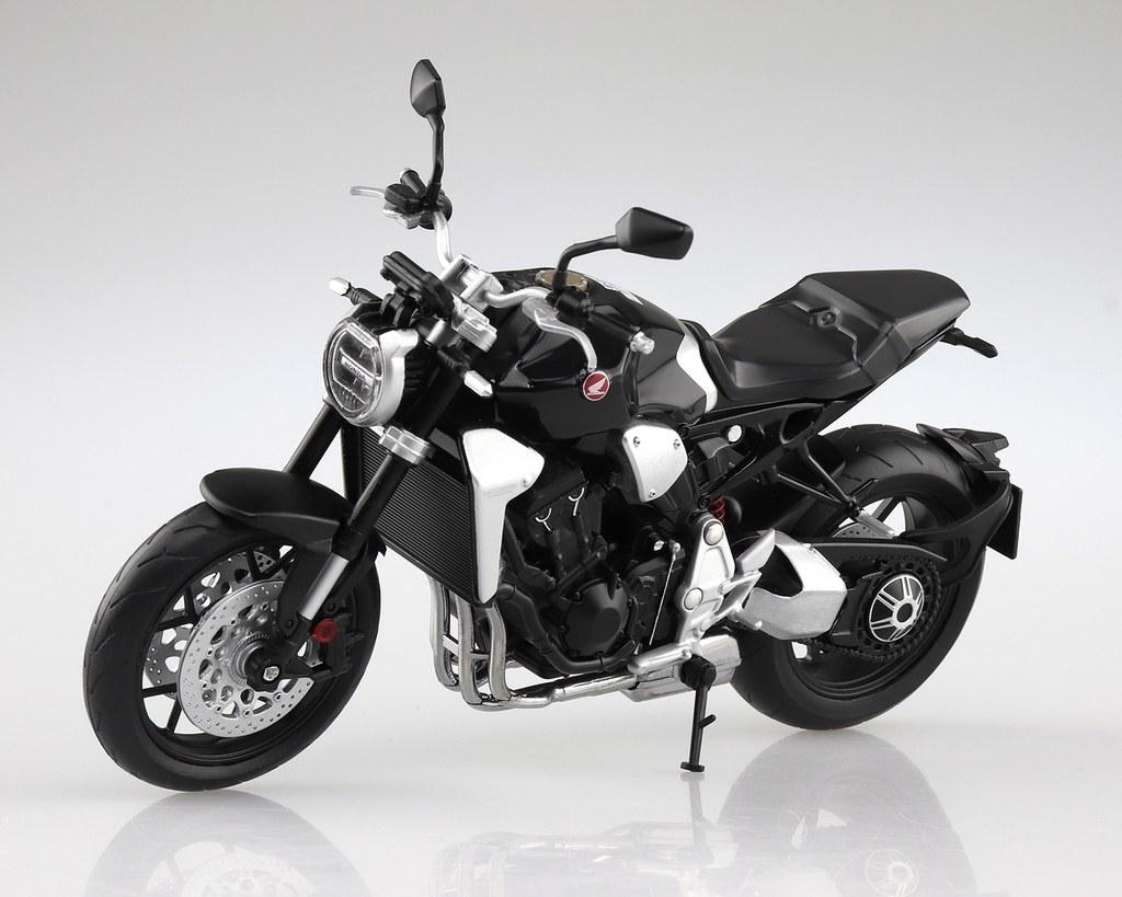 アオシマ 青島文化教材社[完成品バイクモデル]Honda CB1000R