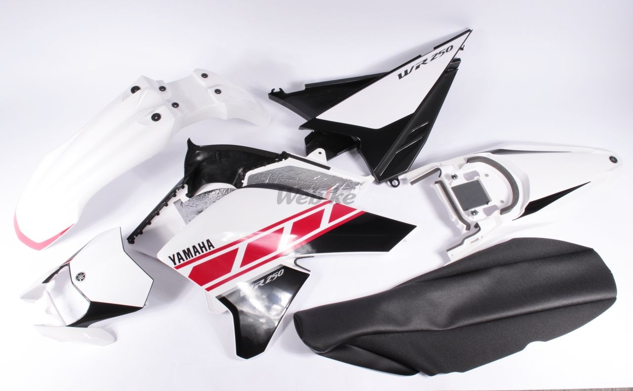 【YAMAHA】全套車殼含貼紙組 - 「Webike-摩托百貨」
