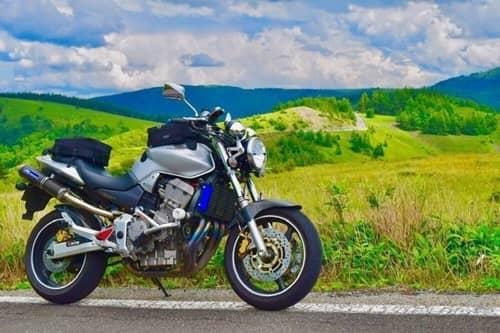 ツーリング性能重視でバイクを探すならここをチェック