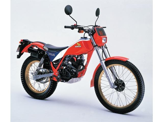 TLR200全年式・全型式