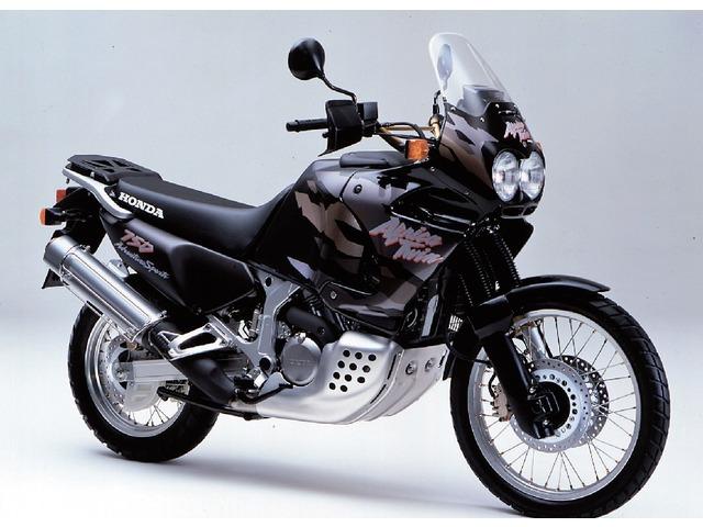 XRV750アフリカツイン全年式・全型式
