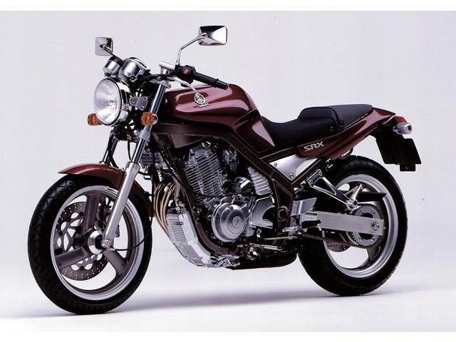 SRX600全年式・全型式