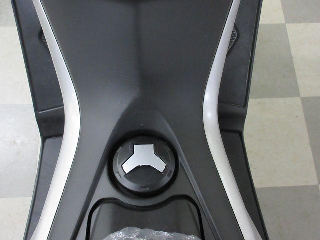NMAX 最新モデル ABS標準装備