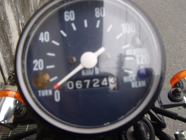 XL230 走行の少ないXL230入荷