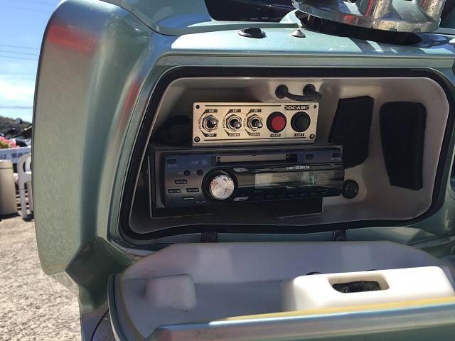 マグザム ステレオ聴けます。 オプションで、整備できます。