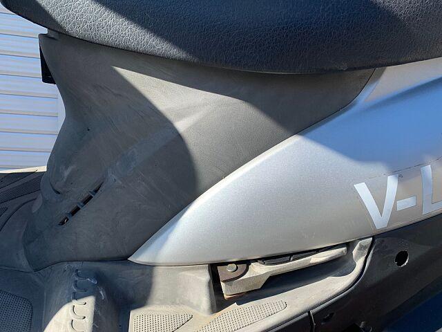 V-LINK125 シート張替えます!