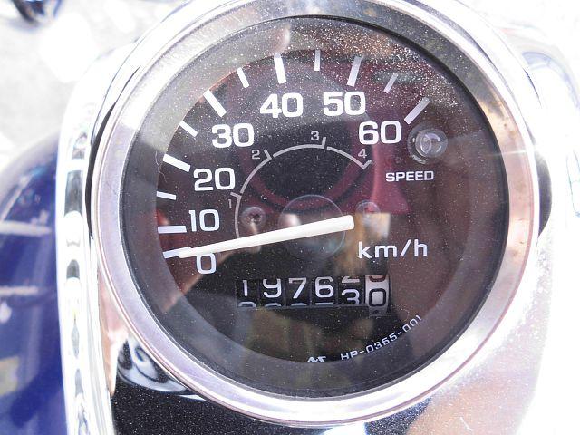 マグナ50 車両が少ない後期型モデルです。2005年式 ご納車前に必ず試運転及び完成検査を行いますの…