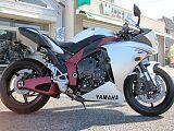 ヤマハ YZF-R1