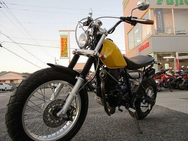 TW225E カスタム多数。カスタムパーツ新品取付車両。スカチューン 初めてバイクをご購入の方もお気…