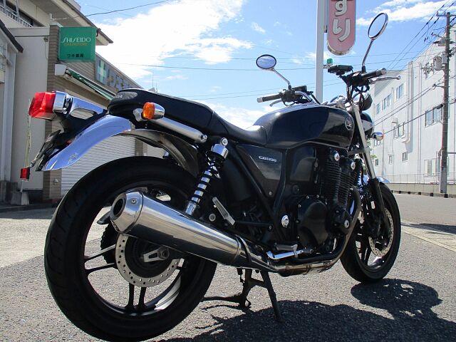 CB1100 BLACK (SC65) 2013Model バイクだけでなく自転車も取り扱っておりま…