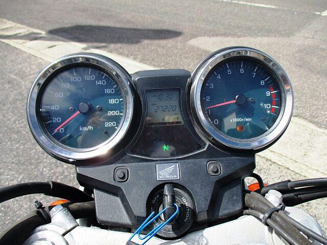 CB1100 BLACK (SC65) 2013Model 当店では地域の交通安全推進活動にも、積極…